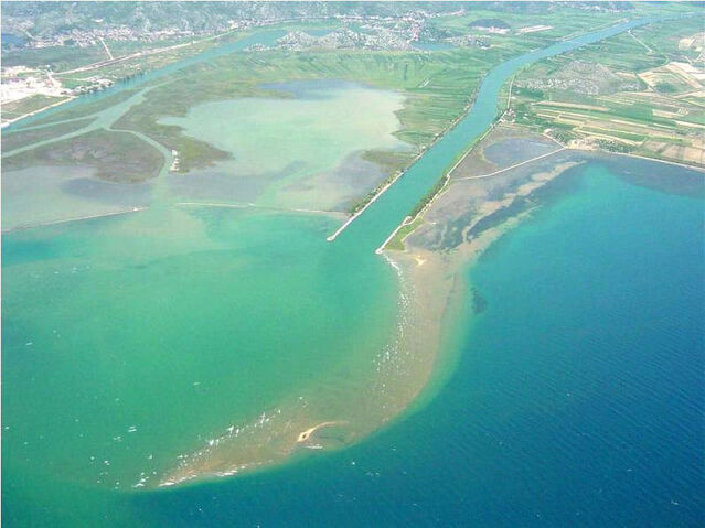 File:Mouth of the Neretva.jpg