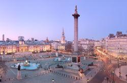 Trafalgar-square-panorama