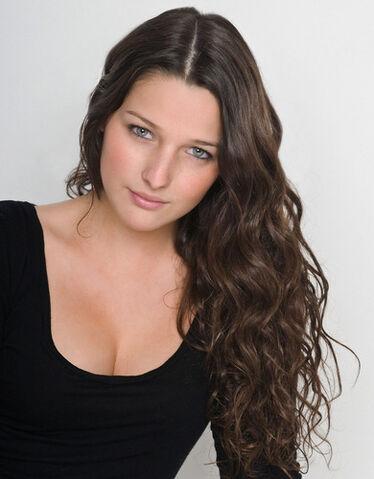 File:Annie clark-casting-105.jpg