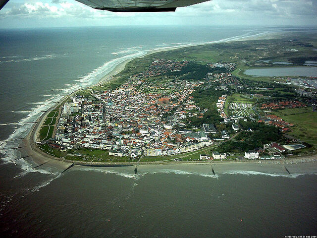Файл:800px-Norderney aerial photo.jpg