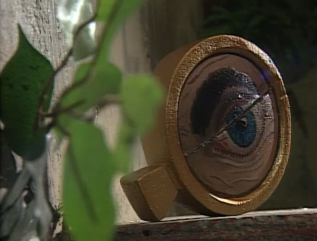 File:Bifocal Monocle of One-Eyed Jack.PNG