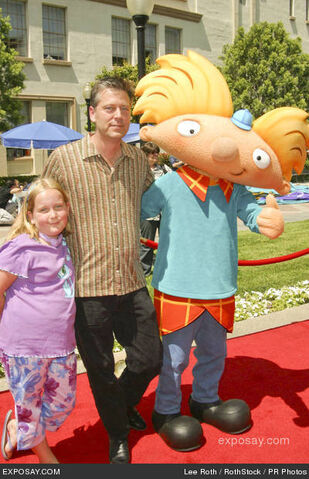 File:Craig-bartlett-daughter-katie-and-arnold-hey-arnold-the-movie-los-angeles-premiere-arrivals-O8SDeq.jpg