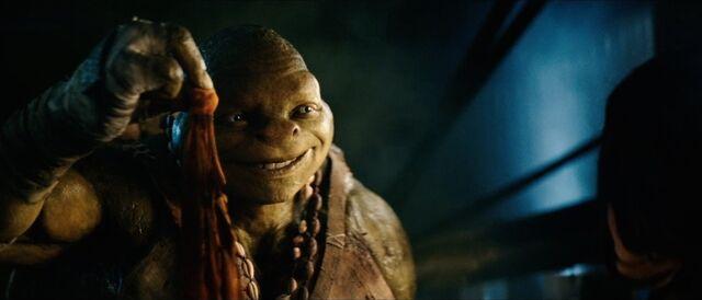 File:Teenage-mutant-ninja-turtles-2014-teaser-trailer-michelangelo.jpg