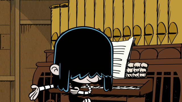 File:Lucy takes a bow.png