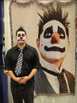 Long Beach Comic Expo 2012 - Angus Oblong
