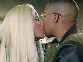 File:Nas And Nicki Kiss.jpg