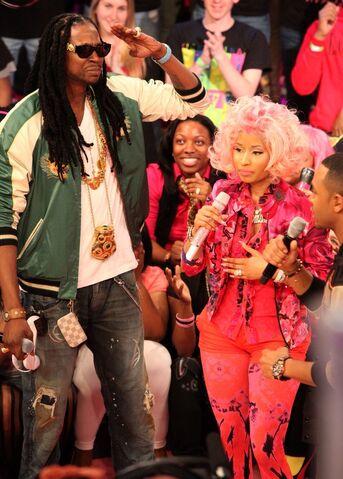 File:Nicki Minaj 2 Chainz.jpg