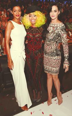 File:VMA 2012 Katy Rihanna Nicki Minaj.png