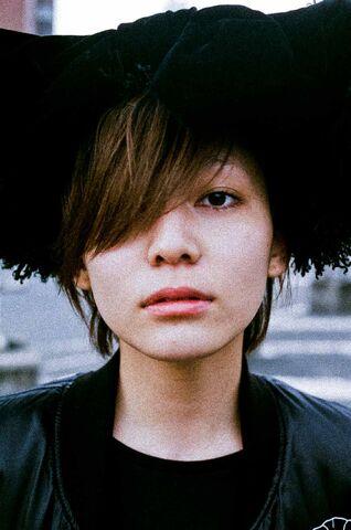 File:Nanawoakari closeup.jpg