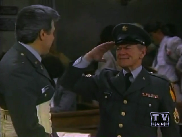 File:Ep 5x22 - Dan meets SGT Foster.png