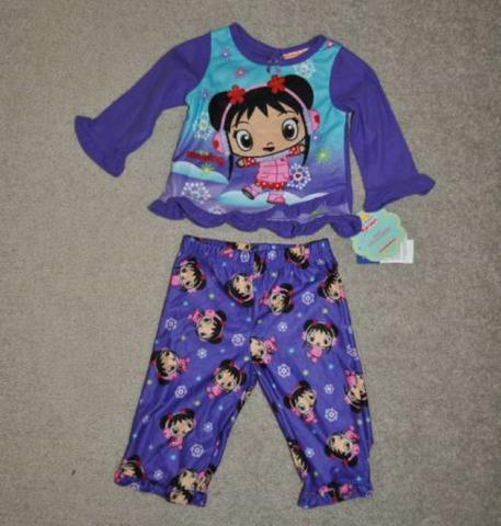 File:Girls Nick Jr. Ni Hao Kai-Lan 2 PC Purple Flannel Winter Pajamas (1).png
