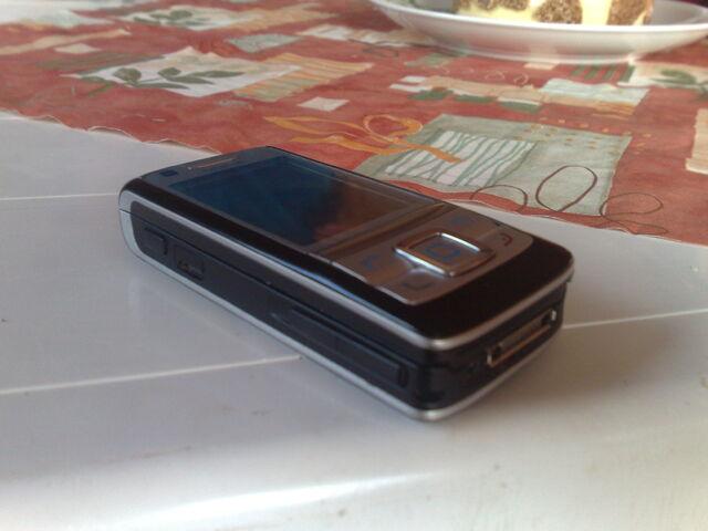 File:Nokia Nst-4 S60 v3.jpg