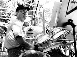 File:Phil Collins.jpg