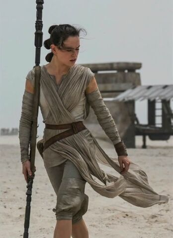 File:Star-wars-7-force-awakens-daisy-ridley.jpeg