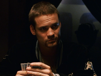 File:Shane West playing poker.png
