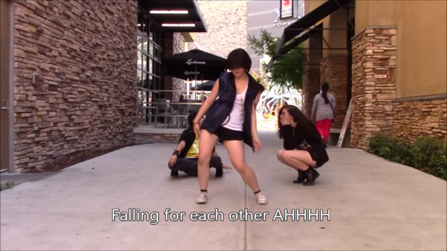 File:Falling for each other AHHHH.png
