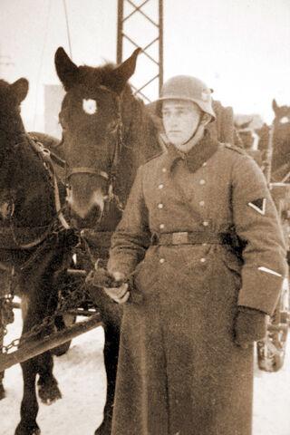 Datei:August oelfke armee.jpg