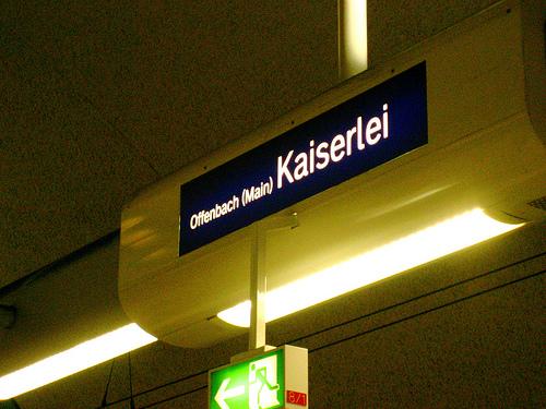 Datei:S-Bahn Kaiserlei.jpg