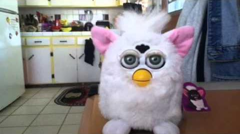 1998 Tiger Electronics Snowball Furby