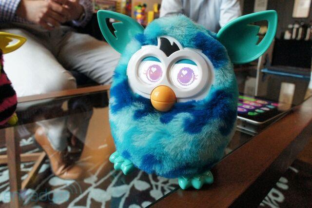 File:Furby-gall2012-03-2919-56-25800.jpg