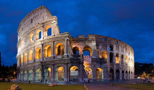 File:800px-Colosseum in Rome-April 2007-1- copie 2B.jpg