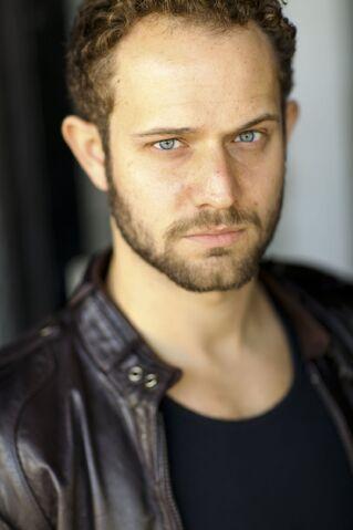 File:OHF actor Hunter Burke.jpg
