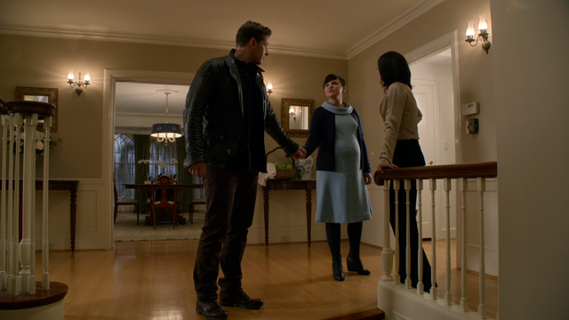 File:318StayWithRegina.png