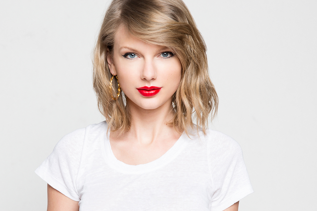 File:Taylor-swift.png