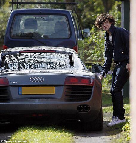 File:Harry-styles-car1.jpg