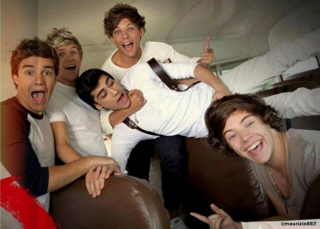File:One-Direction-Take-Me-Home-2012-one-direction-32374382-1600-1148.jpg