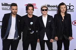 One-direction-bbmas-red-carpet-2015-billboard-650.jpg