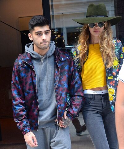 File:Gigi-Hadid-Zayn-Malik-Cutest-Pictures.jpg
