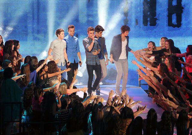File:One direction getty151393449.jpg