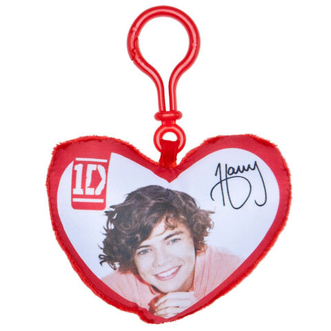 File:BAB heart shaped pillow clip Harry.jpg