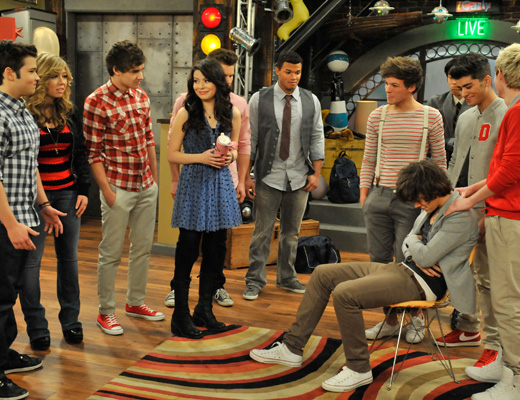 File:Daily-direction-watch-icarly-1.jpg