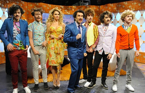 File:Onedirection-juandirection-saturdaynightlive-550x355.jpg