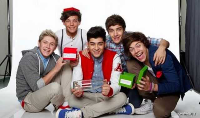 File:One-direction-2012-one-direction-32166745-2000-1180.jpg