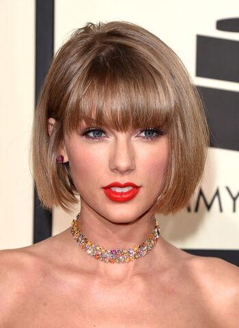 File:Taylor-swift.jpg