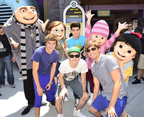 File:One-direction-universal-studios-1340980800-view-0.jpg