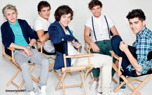 File:One-direction-The-Official-Annual-2013-one-direction-32588427-1600-1003.jpg