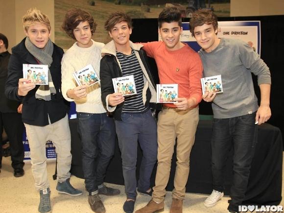 File:One-Direction-album-signing.jpg