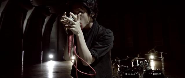 File:Mighty Long FallMusic Video screenshot 50.png
