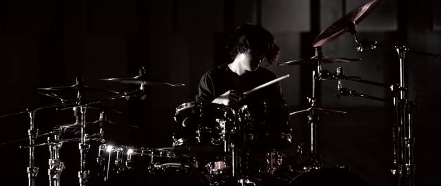 File:Mighty Long FallMusic Video screenshot 110.png