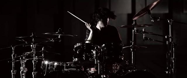File:Mighty Long FallMusic Video screenshot 101.png