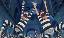 Buggy and Galdino Leading a Jailbreak