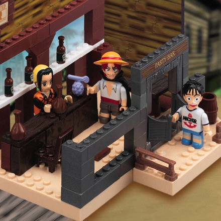 File:One Piece Mega Bloks Luffy & Shanks.png