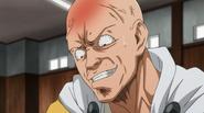 Saitama missed hammer