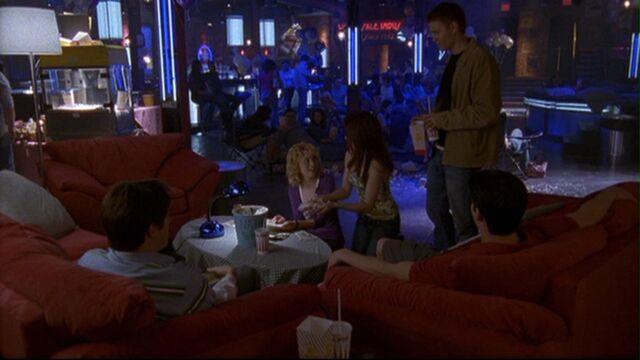 File:221 n enjoys movie nite.jpg