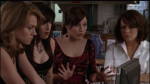 File:509 the girls find the internet.jpg