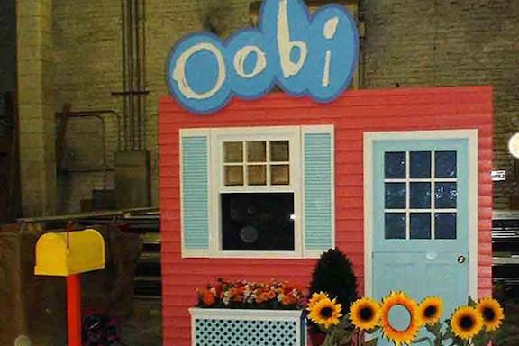 File:Noggin Presents Oobi Educational Tour North American Trade Show.jpg